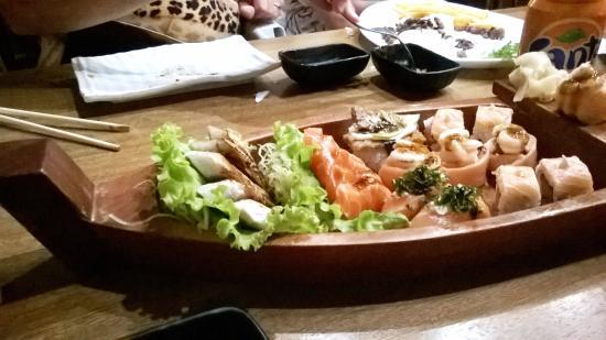 Bier Sushi: Combinado de 24 piezas Bier.
