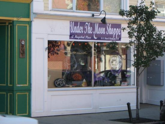 Under The Moon Shoppe