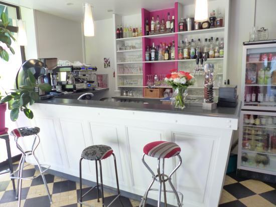 Buzancais, Fransa: Le bar, ou vous pourrez déguster un de nos nombreux cocktails et autres boissons rafraîchissante
