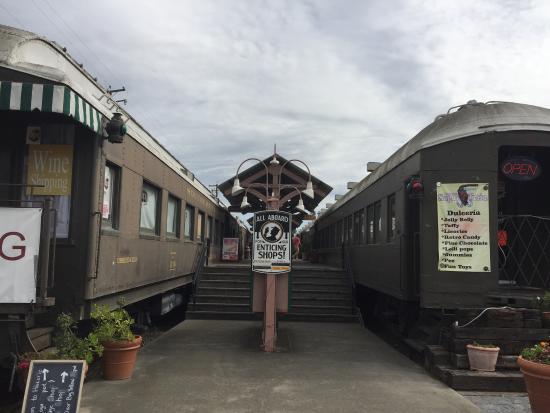 Calistoga Visitors Center: Downtown Calistoga