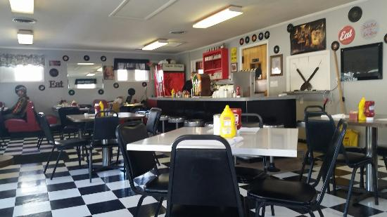 Berkeley Springs, Virginia Occidental: Diner and menu