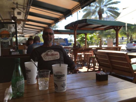 Quarterdeck Restaurants Lugar Descontraído Bom Atendimento E Comida
