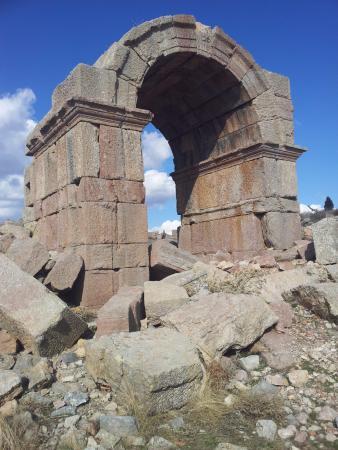 Isaura Antik Kenti