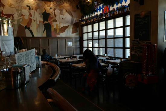 Sopelana, Испания: Cervecería Volker Paulaner Bierhause