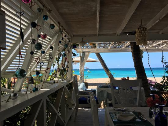 The hippest beach bar/resto you can find in Antigua