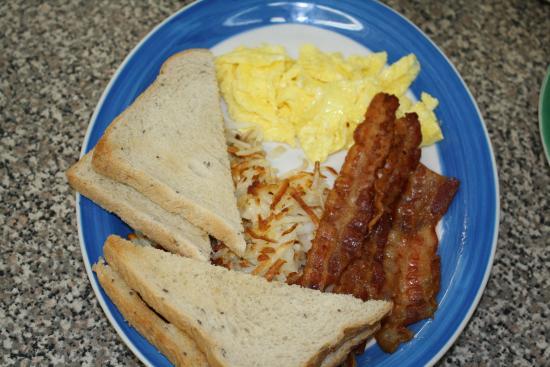 Mears, มิชิแกน: Tasty Breakfast...Yum!