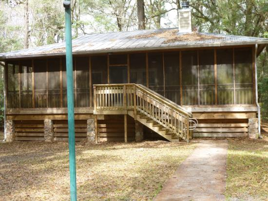 Superieur Suwannee River State Park: One Of Our Cabins At The Park.