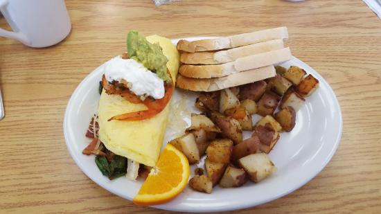 The Flats Cafe: Albion Omelette