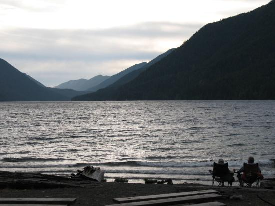 Lake Crescent Lodge: Relaxing and peaceful