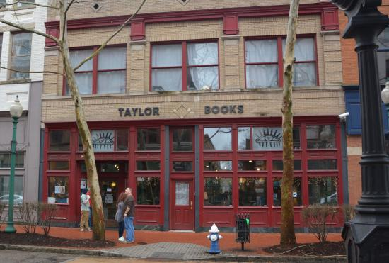 Taylor Books Cafe: Great Coffee. Good place to sit down with a cup of coffee and a book