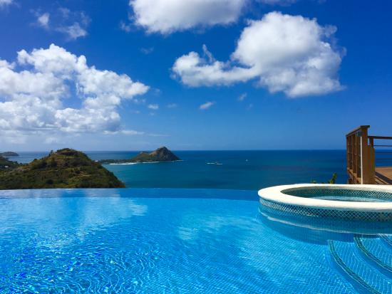 Cap Estate, Saint Lucia: Infiniti pool with view of rainforest and caribbean ocean.