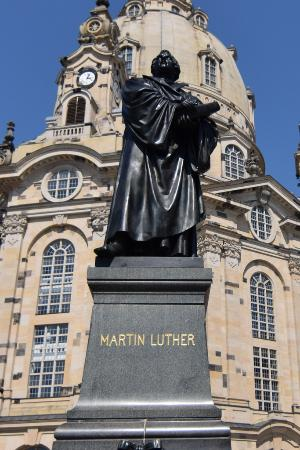 ‪Martin Luther Monument‬