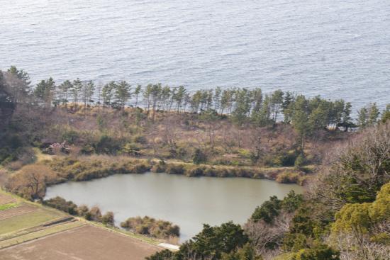 Kirameki no Oka Observation Area: 明神池