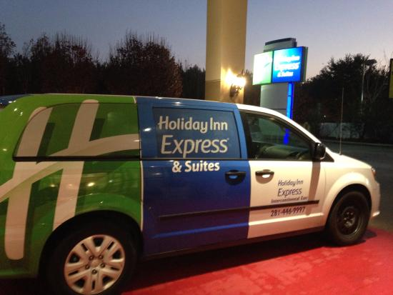 Holiday Inn Express Houston Bush Intercontinental Airport East: shuttle