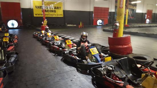 Fast Lap Indoor Kart Racing: 20160219_164850_large.jpg