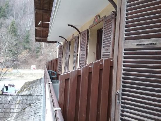 Villard-sur-Doron, Frankrike: Vue de la terrasse