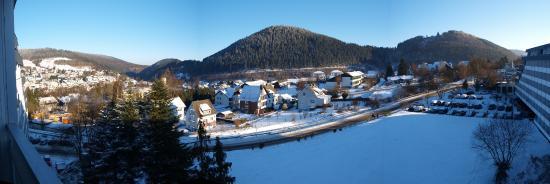 Sauerland Stern Hotel : Prachtige sneeuw; uitzicht vanaf de kamer