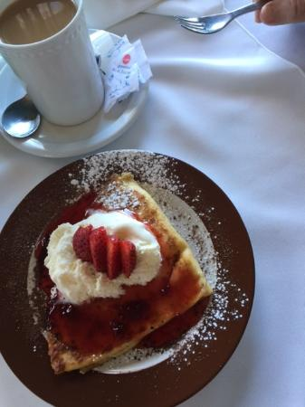 Quispamsis, Canadá: Fruit and Crepes