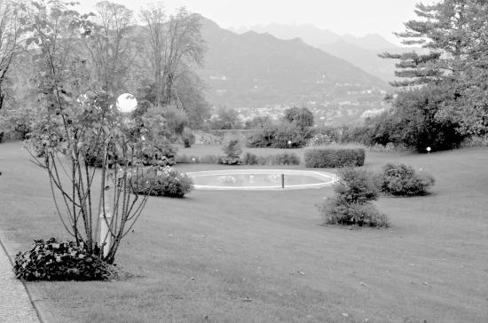Il giardino foto di antico borgo della madonnina annone di brianza tripadvisor - Il giardino di mezzanotte ...