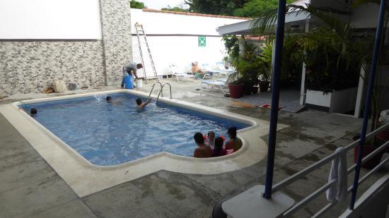 Hotel Flor Blanca: Pool