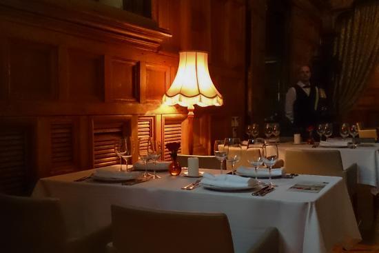 C.D.L. Restaurant : Интерьер нижнего зала