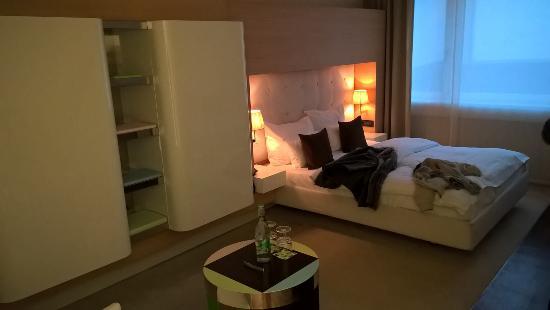 Gerade Angekommen Bild Von Side Design Hotel Hamburg Hamburg