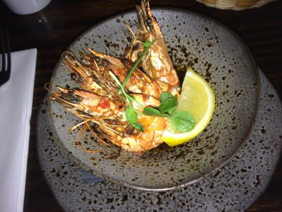 The Queen's Inn Restaurant: King prawns...