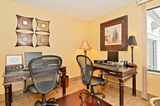 Quality Inn Homestead Park: Business Center