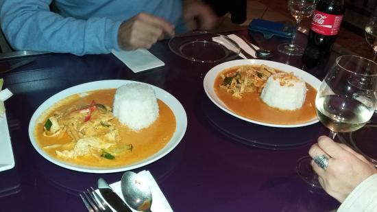 Le 888: Un curry rouge et un Panang