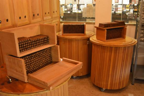 Cigar Country Tours: The Humidor