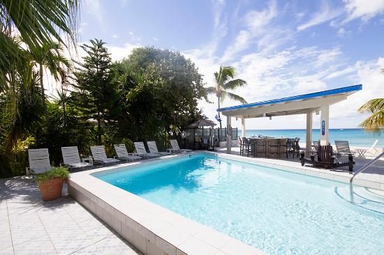 Sand Castle on the Beach: Beachfront Pool Deck