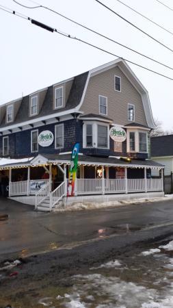 Myrtle Street Tavern