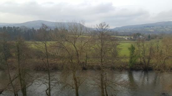 Llanwenarth, UK: Fantastic balcony views. Great breakfast