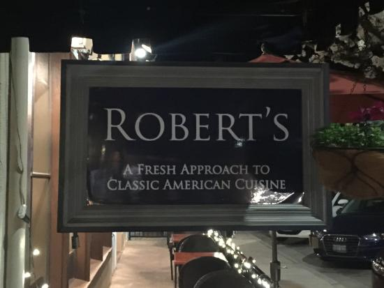 Robert's Restaurant & Wine Bar: photo0.jpg
