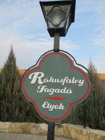 Rokusfalvy Fogado