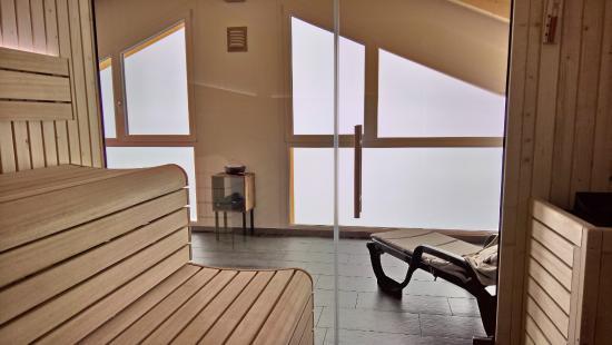 Belalp, İsviçre: Blick aus Sauna ins Tal