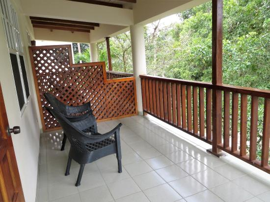 Burrell Boom, Belice: the attached balcony was nice with a river view