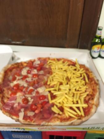 San Bernardino, Suiza: Molto abbondare la pizza al tartufo😍