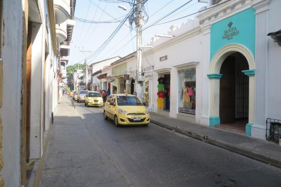 Hotel Casa Alejandria: улица, где расположен отель
