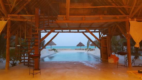 Nur Beach Restaurant
