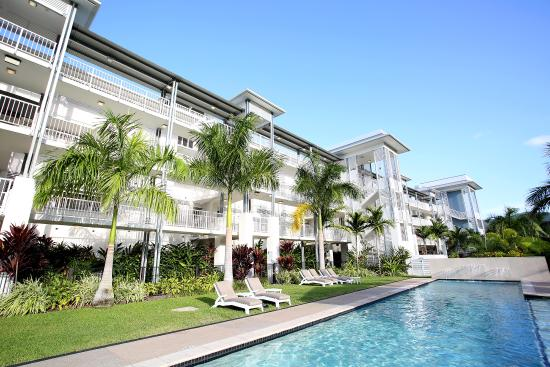 Best Location In Airlie Beach Review Of Mantra Boathouse Apartments