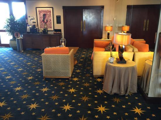 Waterfront Hotel, a Joie de Vivre hotel: Extension of Lobby area