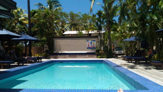 Beachside Resort: P_20160229_120814_large.jpg