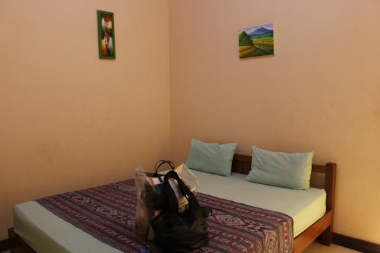 Ressa Homestay: 더블룸 침대