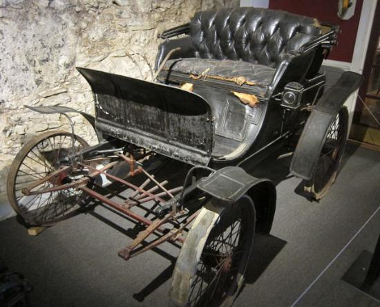 the anderson s first car an 1899 winton picture of larz anderson rh tripadvisor ca