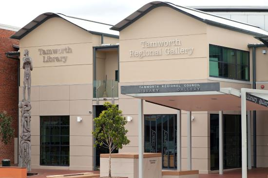 ‪Tamworth Regional Gallery‬