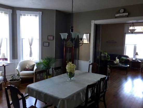 The Gregory Bed & Breakfast Image