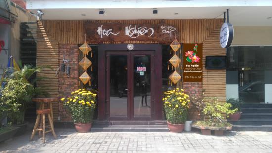 Hoa Nghiem Vegetarian Restaurant