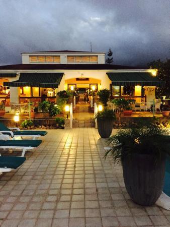 The Mount Nevis Hotel: Various Mt Nevis Hotel pics