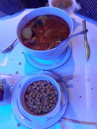 Les Jardins d'Agadir: accompagnement du couscous royal